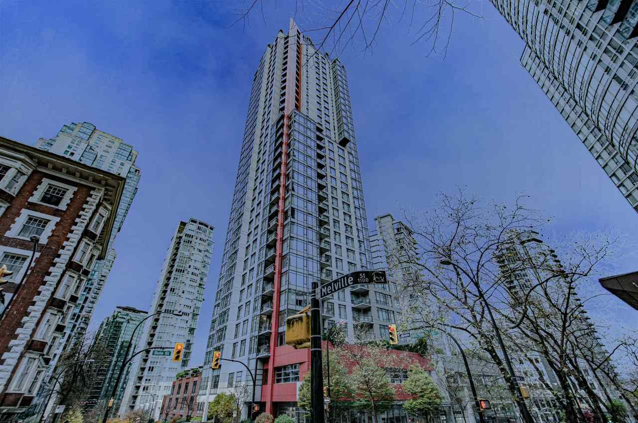 "Main Photo: 2001 1211 MELVILLE Street in Vancouver: Coal Harbour Condo for sale in ""RITZ"" (Vancouver West)  : MLS®# R2559926"