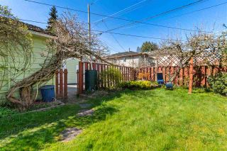 """Photo 19: 2615 E 56TH Avenue in Vancouver: Fraserview VE House for sale in """"FRASERVIEW"""" (Vancouver East)  : MLS®# R2561413"""