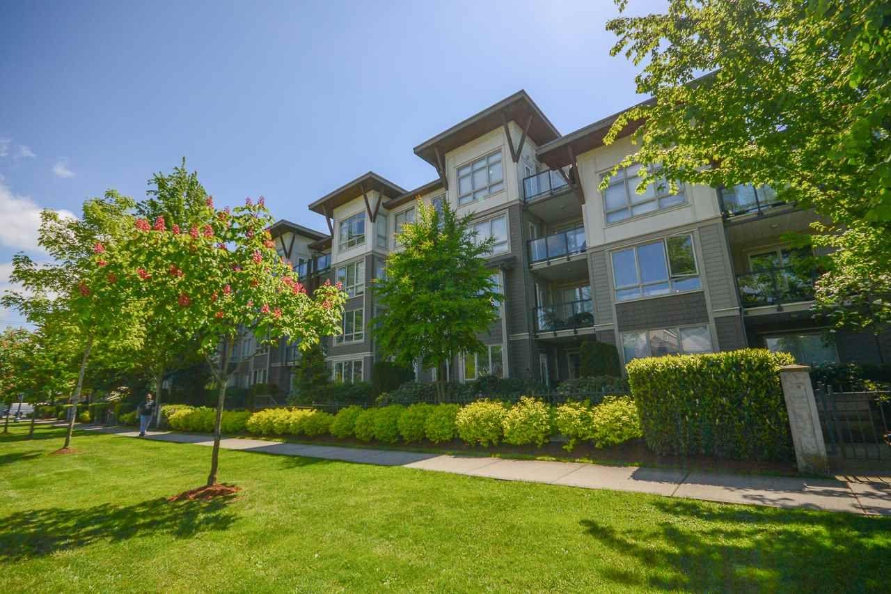 """Photo 19: Photos: 405 15988 26 Avenue in Surrey: Grandview Surrey Condo for sale in """"THE MORGAN"""" (South Surrey White Rock)  : MLS®# R2276141"""