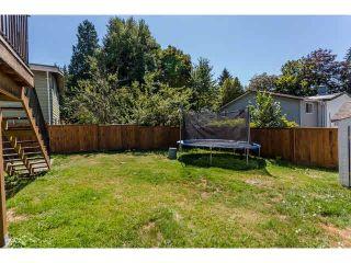 Photo 7: 9537 - 9539 140 Street in Surrey: Bear Creek Green Timbers Duplex for sale : MLS®# F1448706