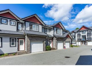 "Photo 3: 15 31235 UPPER MACLURE Road in Abbotsford: Abbotsford West Townhouse for sale in ""KLAZINA ESTATES"" : MLS®# R2492270"