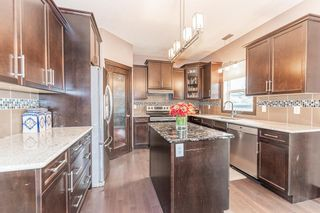 Photo 7: 5246 MULLEN Crest in Edmonton: Zone 14 Attached Home for sale : MLS®# E4255737