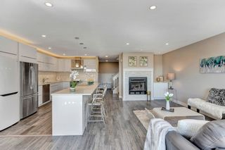 """Photo 10: 124 2721 ATLIN Place in Coquitlam: Coquitlam East Townhouse for sale in """"THE TERRACES"""" : MLS®# R2569450"""