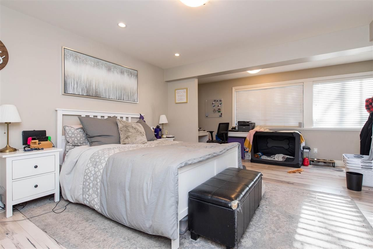 Photo 33: Photos: 2584 SUNNYSIDE Crescent in Abbotsford: Abbotsford West House for sale : MLS®# R2551772
