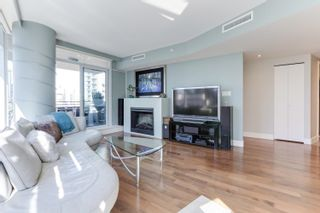 """Photo 5: 1505 1205 W HASTINGS Street in Vancouver: Coal Harbour Condo for sale in """"BCS2555"""" (Vancouver West)  : MLS®# R2617335"""