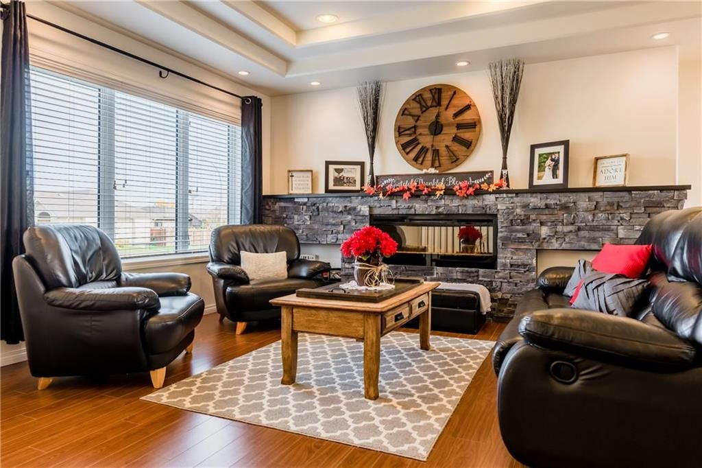 Photo 12: Photos: 18 JUNIPER Avenue in Steinbach: Southwood Residential for sale (R16)  : MLS®# 202024800