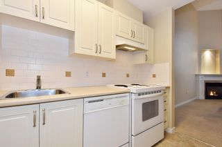 """Photo 8: 810 2799 YEW Street in Vancouver: Kitsilano Condo for sale in """"TAPESTRY AT ARBUTUS WALK"""" (Vancouver West)  : MLS®# R2619783"""