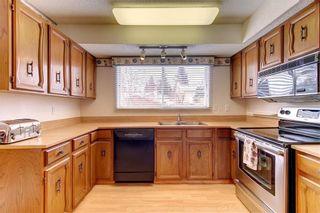 Photo 4: 205 OAKCHURCH Bay SW in Calgary: Oakridge Detached for sale : MLS®# C4225694