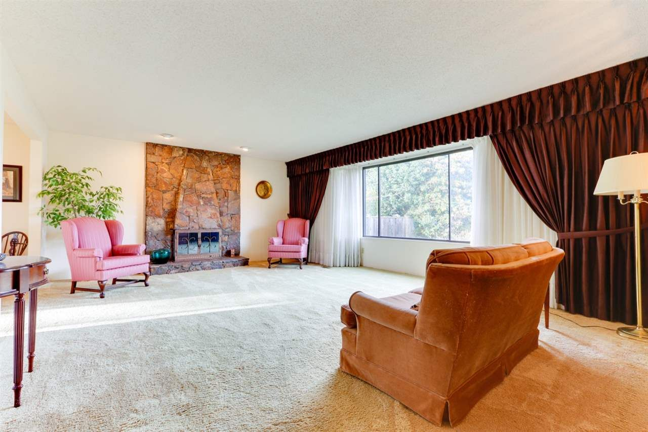 """Photo 14: Photos: 5314 2 Avenue in Delta: Pebble Hill House for sale in """"PEBBLE HILL"""" (Tsawwassen)  : MLS®# R2527757"""