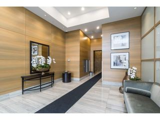 "Photo 4: 702 15152 RUSSELL Avenue: White Rock Condo for sale in ""Miramar"" (South Surrey White Rock)  : MLS®# R2504973"