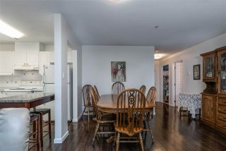 """Photo 7: 302 2526 LAKEVIEW Crescent in Abbotsford: Central Abbotsford Condo for sale in """"MILL SPRING MANOR"""" : MLS®# R2519449"""