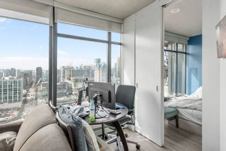 """Photo 6: 3208 128 W CORDOVA Street in Vancouver: Downtown VW Condo for sale in """"Woodwards (W43)"""" (Vancouver West)  : MLS®# R2538391"""