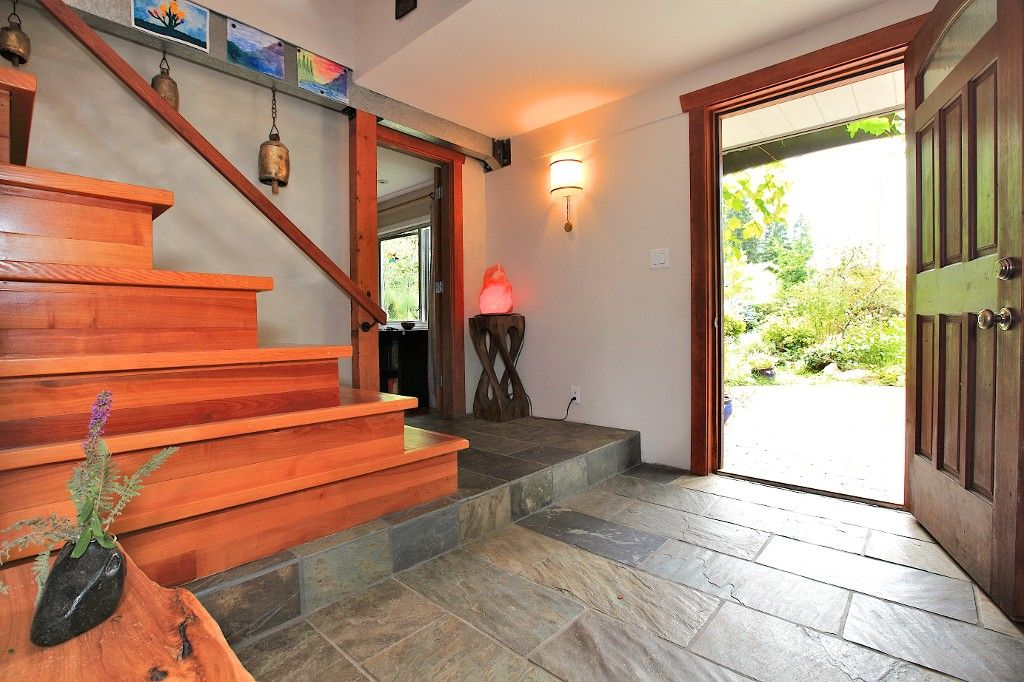 Photo 22: Photos: 2550 SECHELT Drive in North Vancouver: Blueridge NV House for sale : MLS®# V965349