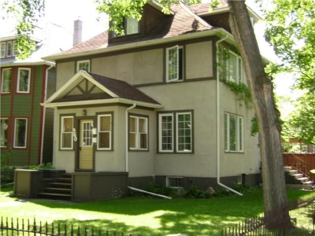 Main Photo:  in WINNIPEG: Fort Rouge / Crescentwood / Riverview Residential for sale (South Winnipeg)  : MLS®# 1012031