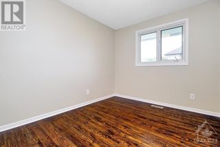 Photo 19: 24 CHARING ROAD in Ottawa: House for sale : MLS®# 1257303