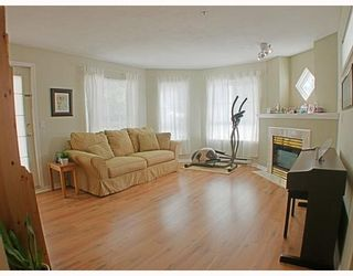 Photo 5: 112 2960 PRINCESS Crescent in Coquitlam: Canyon Springs Townhouse for sale : MLS®# V783827