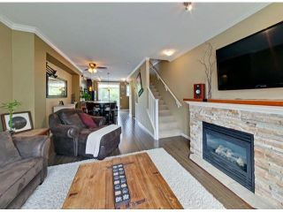 """Photo 5: 112 18777 68A Avenue in Surrey: Clayton Townhouse for sale in """"COMPASS"""" (Cloverdale)  : MLS®# F1312548"""