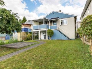 """Photo 15: 4281 VICTORIA Drive in Vancouver: Victoria VE House for sale in """"CEDAR COTTAGE"""" (Vancouver East)  : MLS®# R2151080"""