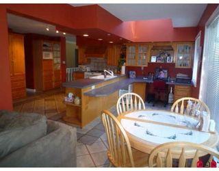 Photo 3: 19707 46TH AV in Langley: House for sale : MLS®# F2906022