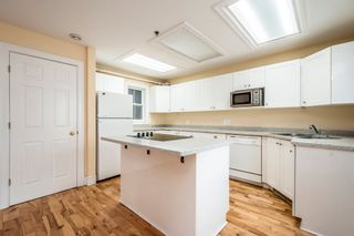 Photo 6: 5784-5786 Tower Terrace in Halifax: 2-Halifax South Multi-Family for sale (Halifax-Dartmouth)  : MLS®# 202108734