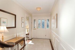 Photo 2: 5551 FLOYD Avenue in Richmond: Steveston North House for sale : MLS®# R2241007