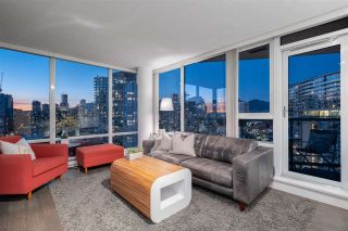 "Photo 2: 2601 1033 MARINASIDE Crescent in Vancouver: Yaletown Condo for sale in ""QUAYWEST"" (Vancouver West)  : MLS®# R2505008"