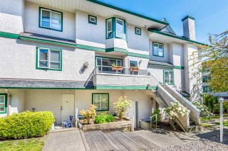 """Photo 5: 216 3978 ALBERT Street in Burnaby: Vancouver Heights Townhouse for sale in """"HERITAGE GREENE"""" (Burnaby North)  : MLS®# R2365578"""