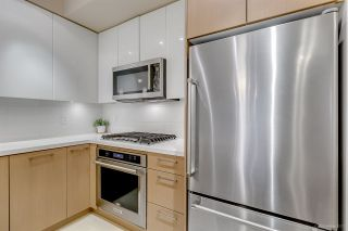 """Photo 7: 108 20 E ROYAL Avenue in New Westminster: Fraserview NW Condo for sale in """"THE LOOKOUT"""" : MLS®# R2237178"""