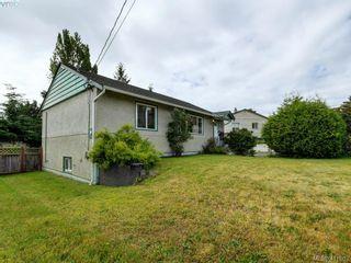 Photo 2: 2951 Cedar Hill Rd in VICTORIA: Vi Oaklands House for sale (Victoria)  : MLS®# 816786