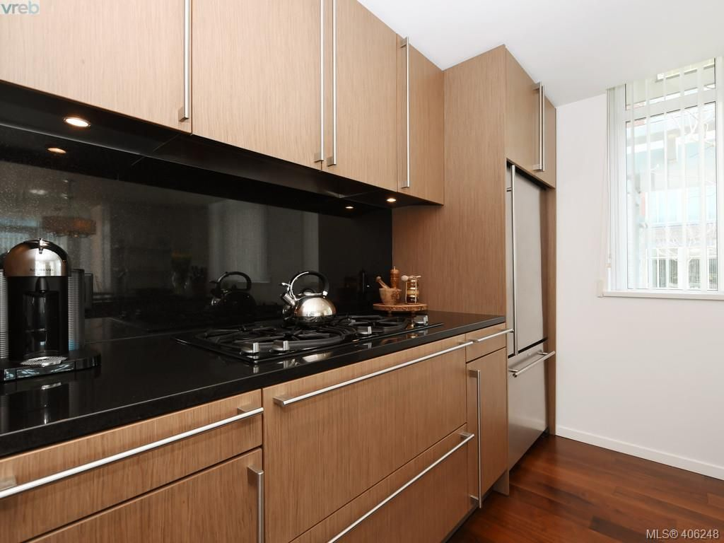 Photo 11: Photos: TH3 100 Saghalie Rd in VICTORIA: VW Songhees Row/Townhouse for sale (Victoria West)  : MLS®# 807394