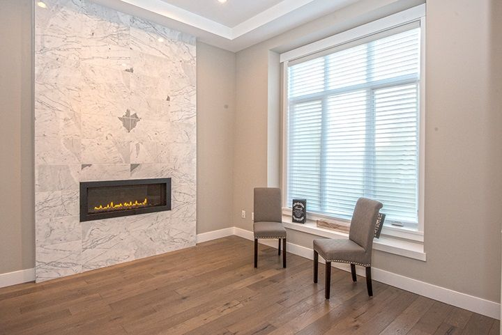 Photo 2: Photos: 919 MACINTOSH Street in Coquitlam: Harbour Chines House for sale : MLS®# R2014038