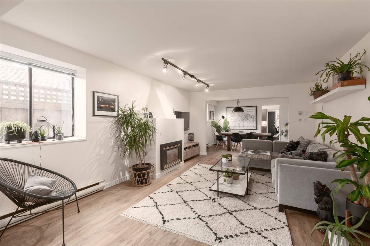 Main Photo: 2341 STEPHENS Street in Vancouver: Kitsilano House for sale (Vancouver West)  : MLS®# R2553964