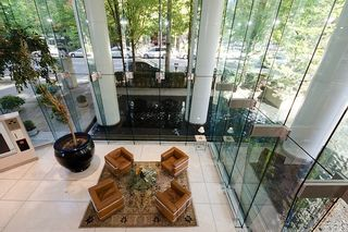 """Photo 3: 2803 1200 ALBERNI Street in Vancouver: West End VW Condo for sale in """"THE PALISADES"""" (Vancouver West)  : MLS®# V915150"""
