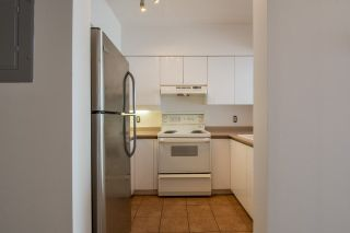 """Photo 5: 2002 3071 GLEN Drive in Coquitlam: North Coquitlam Condo for sale in """"PARC LAURANT"""" : MLS®# R2276990"""