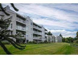 Photo 3: 504 2560 Departure Bay Road in Nanaimo: Departure Bay Condo for sale : MLS®# 879231