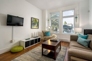 """Photo 5: 1777 E 20TH Avenue in Vancouver: Victoria VE Townhouse for sale in """"CEDAR COTTAGE Townhomes-Gow Bloc"""" (Vancouver East)  : MLS®# R2333733"""