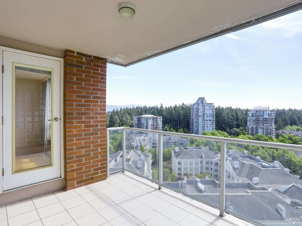 """Photo 11: Photos: 1704 5775 HAMPTON Place in Vancouver: University VW Condo for sale in """"CHATHAM"""" (Vancouver West)  : MLS®# R2196974"""