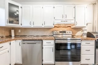 Photo 10: 210 Mowat Crescent in Saskatoon: Pacific Heights Residential for sale : MLS®# SK870029