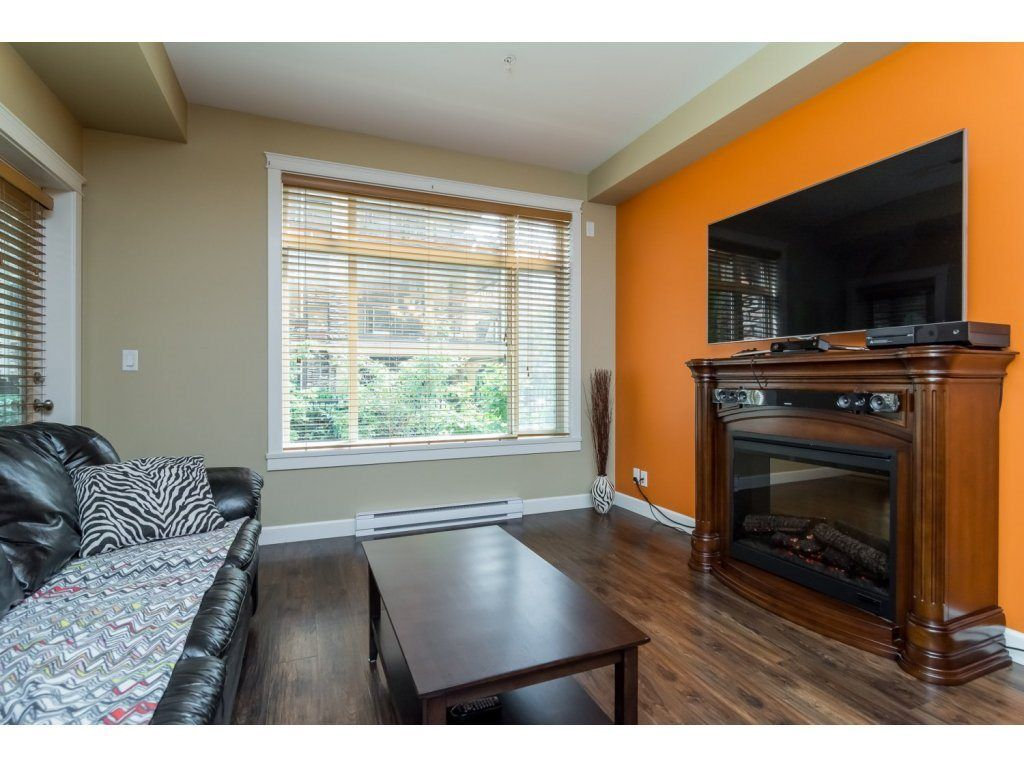 "Photo 4: Photos: 232 8288 207A Street in Langley: Willoughby Heights Condo for sale in ""Yorkson Creek"" : MLS®# R2092253"
