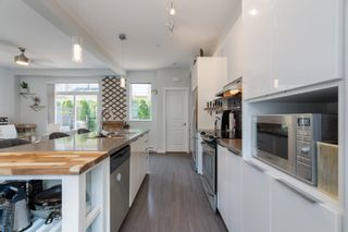 """Photo 12: 77 8138 204 Street in Langley: Willoughby Heights Townhouse for sale in """"Ashbury & Oak"""" : MLS®# R2601036"""