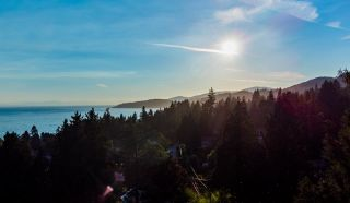 Photo 14: 2633 LAWSON Avenue in West Vancouver: Dundarave House for sale : MLS®# R2616423