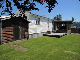 """Photo 2: 22 9960 WILSON Road in Mission: Mission-West Manufactured Home for sale in """"RUSKIN PLACE"""" : MLS®# F1415955"""
