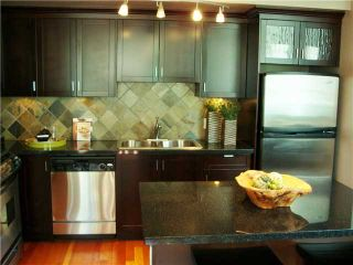 """Photo 9: 117 8 RENAISSANCE Square in New Westminster: Quay Townhouse for sale in """"MURANO"""" : MLS®# V886548"""
