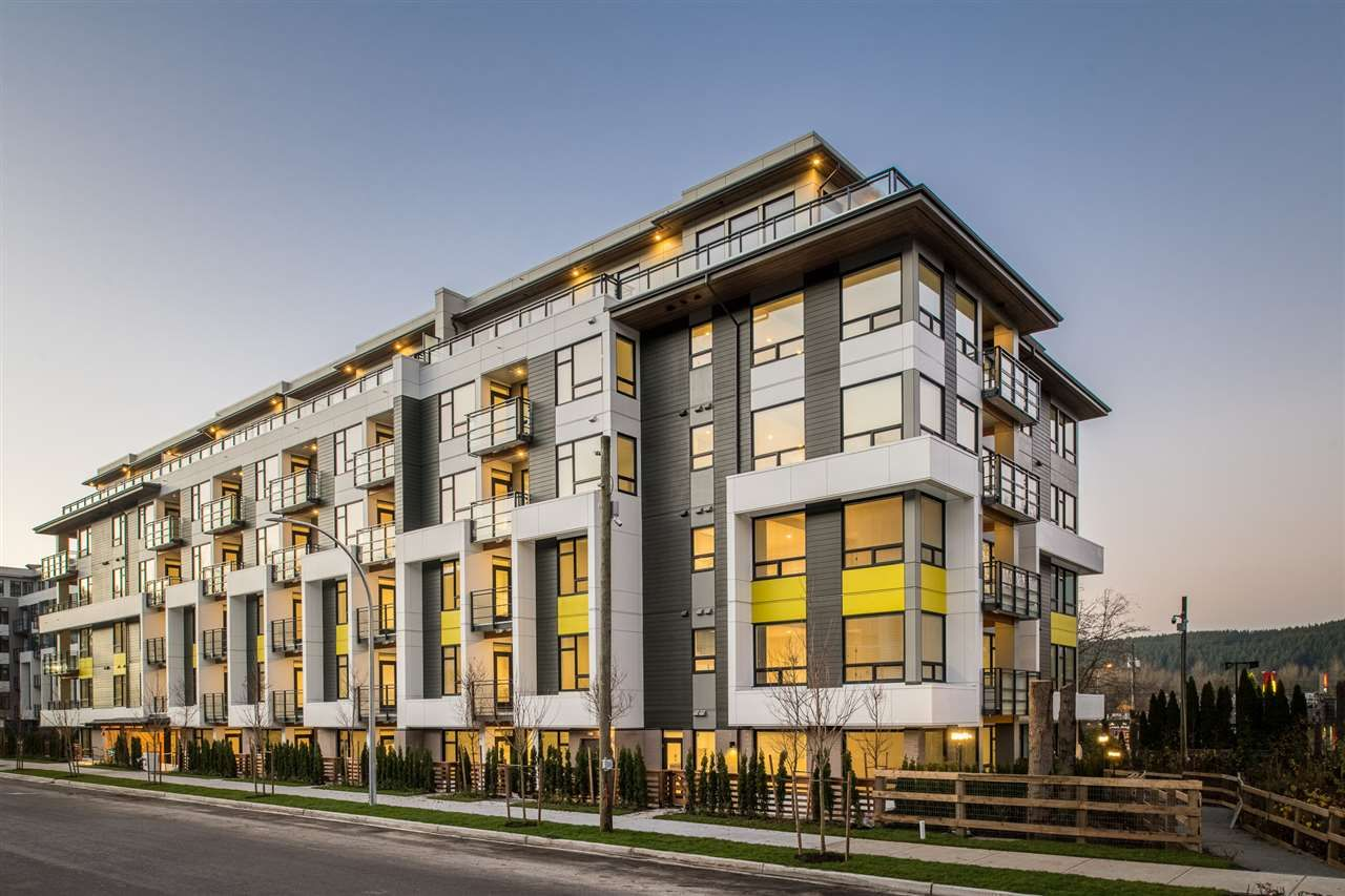 """Main Photo: 509E 3038 ST. GEORGE Street in Port Moody: Port Moody Centre Condo for sale in """"The George"""" : MLS®# R2524188"""