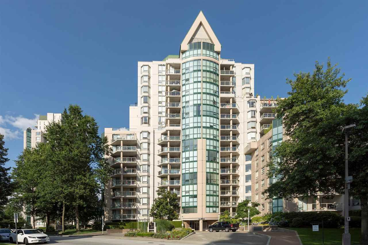 """Main Photo: 605 1189 EASTWOOD Street in Coquitlam: North Coquitlam Condo for sale in """"THE CARTIER"""" : MLS®# R2392375"""