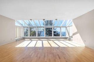 "Photo 13: 15089 VICTORIA Avenue: White Rock House for sale in ""White Rock hillside"" (South Surrey White Rock)  : MLS®# R2591691"