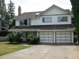 Photo 1: 18038 61 ave in Surrey: Cloverdale BC House for sale (Cloverdale)  : MLS®# R2181871
