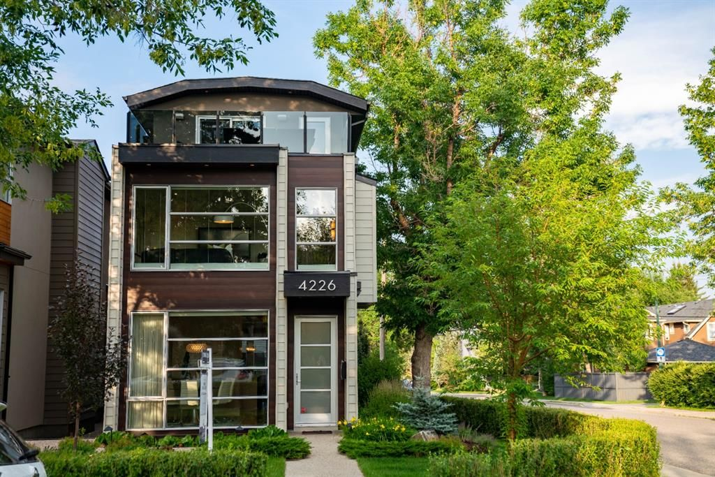 Main Photo: 4226 17 Street SW in Calgary: Altadore Detached for sale : MLS®# A1130176