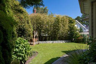 Photo 33: 1415 Oliver St in Oak Bay: OB South Oak Bay House for sale : MLS®# 841439