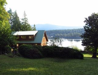 Photo 4: 226 HAIRY ELBOW Road in Sechelt: Sechelt District House for sale (Sunshine Coast)  : MLS®# R2137692